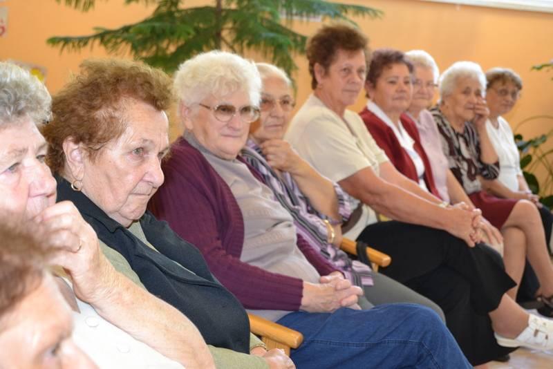 Meghitt együttlét Békésen az Idősek Napja alkalmából 1