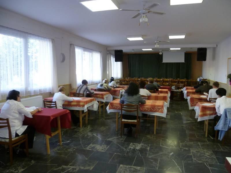 Szociális gondozó és ápoló képzés vizsgája Kalocsán és Kiskőrösön 3