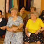 Ovisok köszöntötték a békési időseket 2