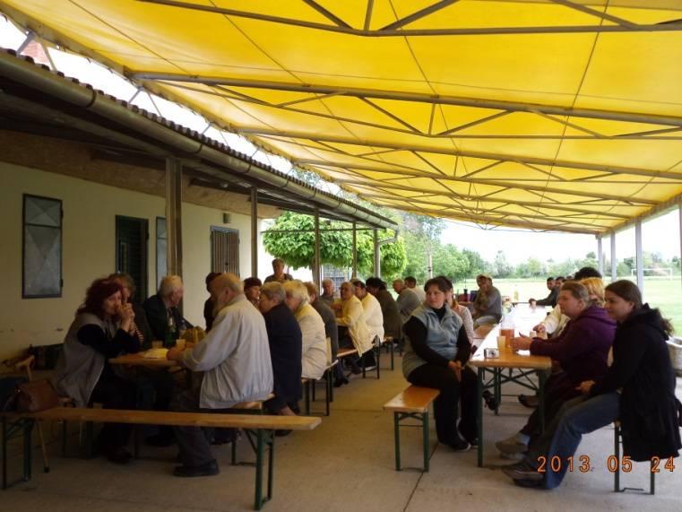 Közösségi program a Pécs környéki időseknek 1