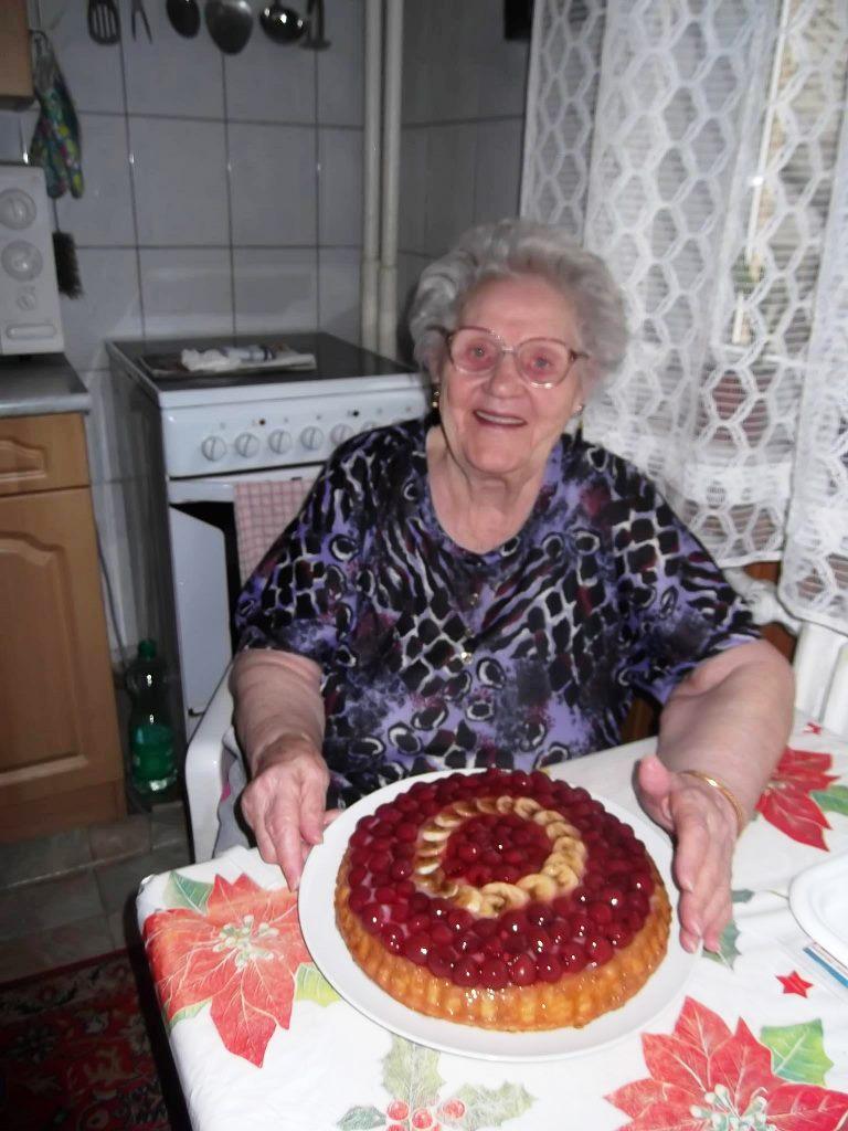 Read more about the article Különleges születésnapi torta egyik ellátottunknak