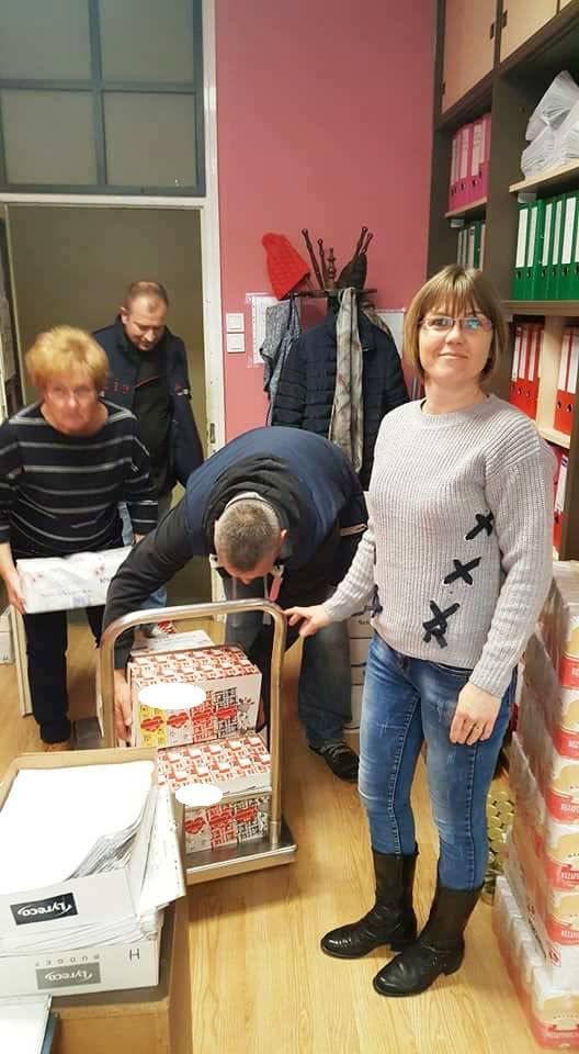 Karácsonyi adományok Kecskeméten 6