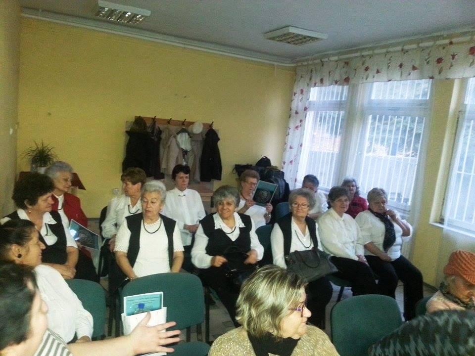 Felejthetetlen délután az idősekkel Tatabányán
