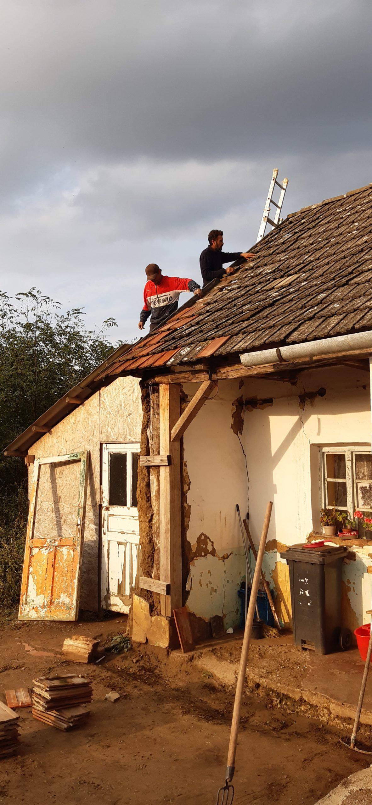 Egyedül élő nagymamának segített a Nyírvasvári SZERETETPONT 8
