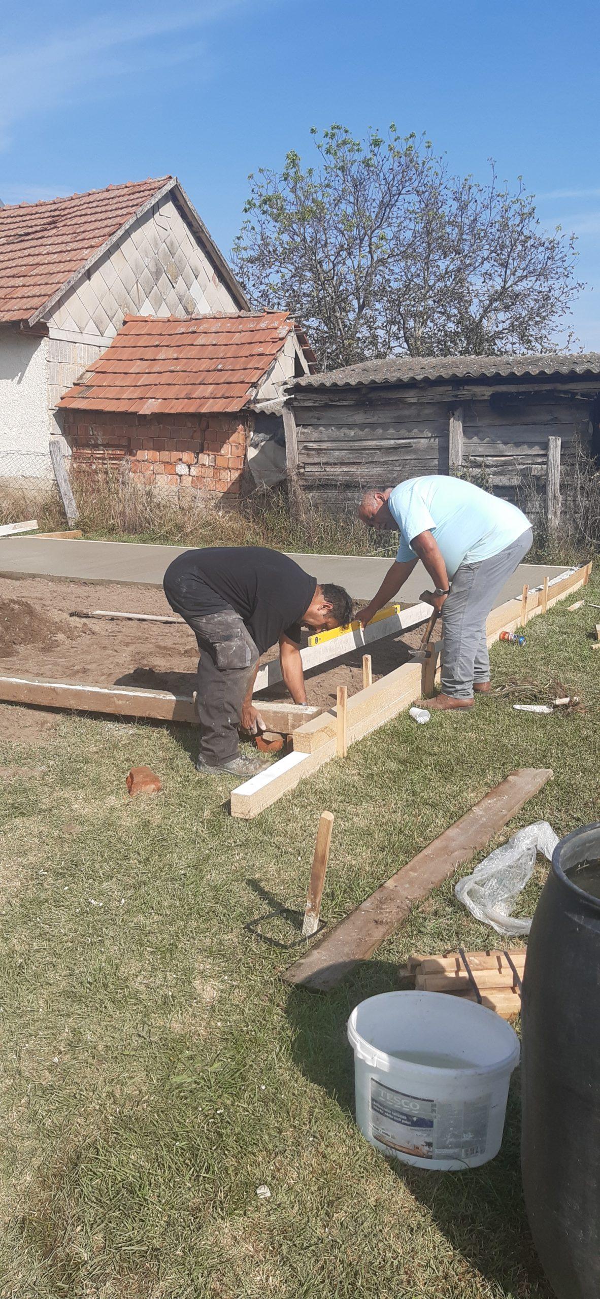 Raktárt épít és gyülekezetet újít fel a Nyírvasvári SZERETETPONT 1