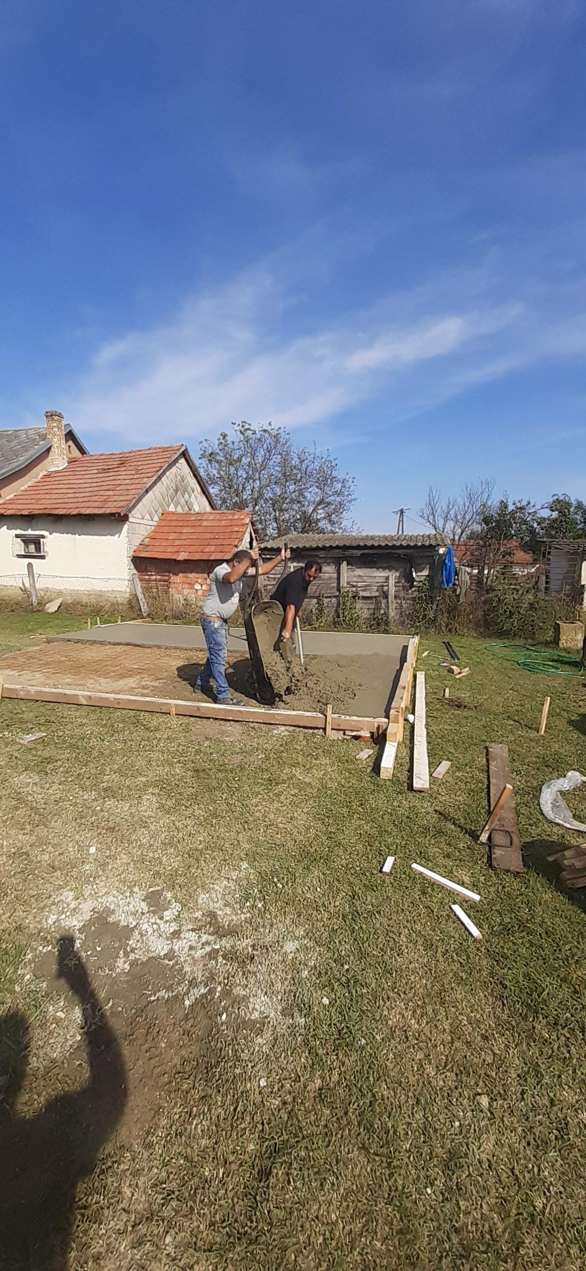 Raktárt épít és gyülekezetet újít fel a Nyírvasvári SZERETETPONT 8