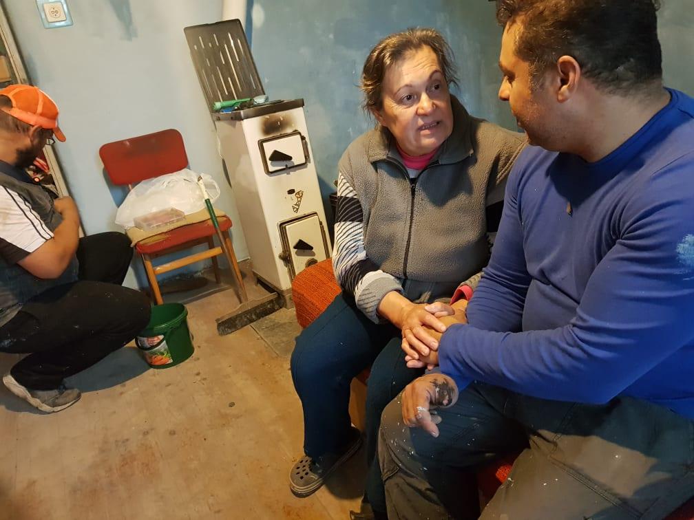 Magányosan élő hölgy otthonát tette újra élhetővé a Zákányszéki SZERETETPONT 27