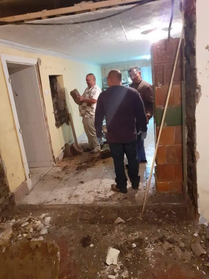 Raktárt épít és gyülekezetet újít fel a Nyírvasvári SZERETETPONT 22