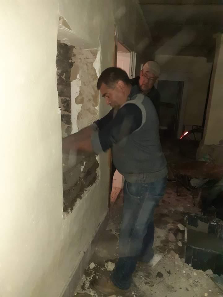 Raktárt épít és gyülekezetet újít fel a Nyírvasvári SZERETETPONT 15