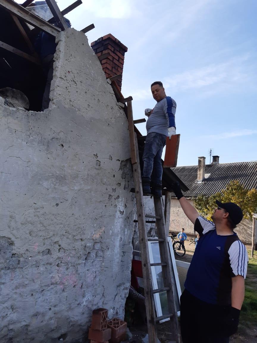 Ismét házat újított fel a Zákányszéki SZERETETPONT - Ezúttal egy kiskunmajsai házaspáron segítettünk 2