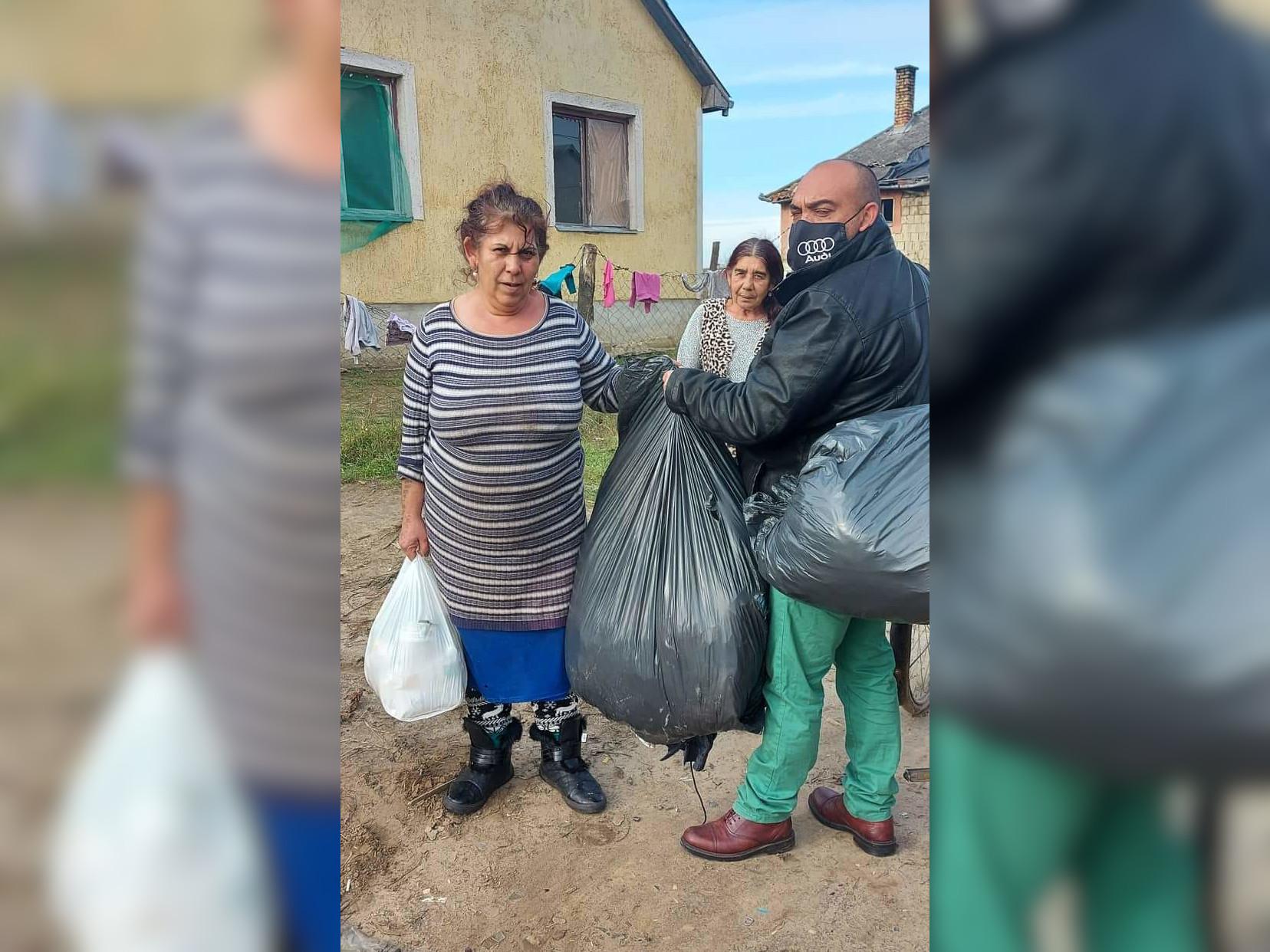 Szükségben lévő családoknak osztott adományokat a Nyírvasvári SZERETETPONT