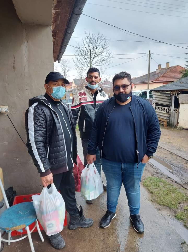 57 családnak osztott élelmiszercsomagokat a Kótaji SZERETETPONT