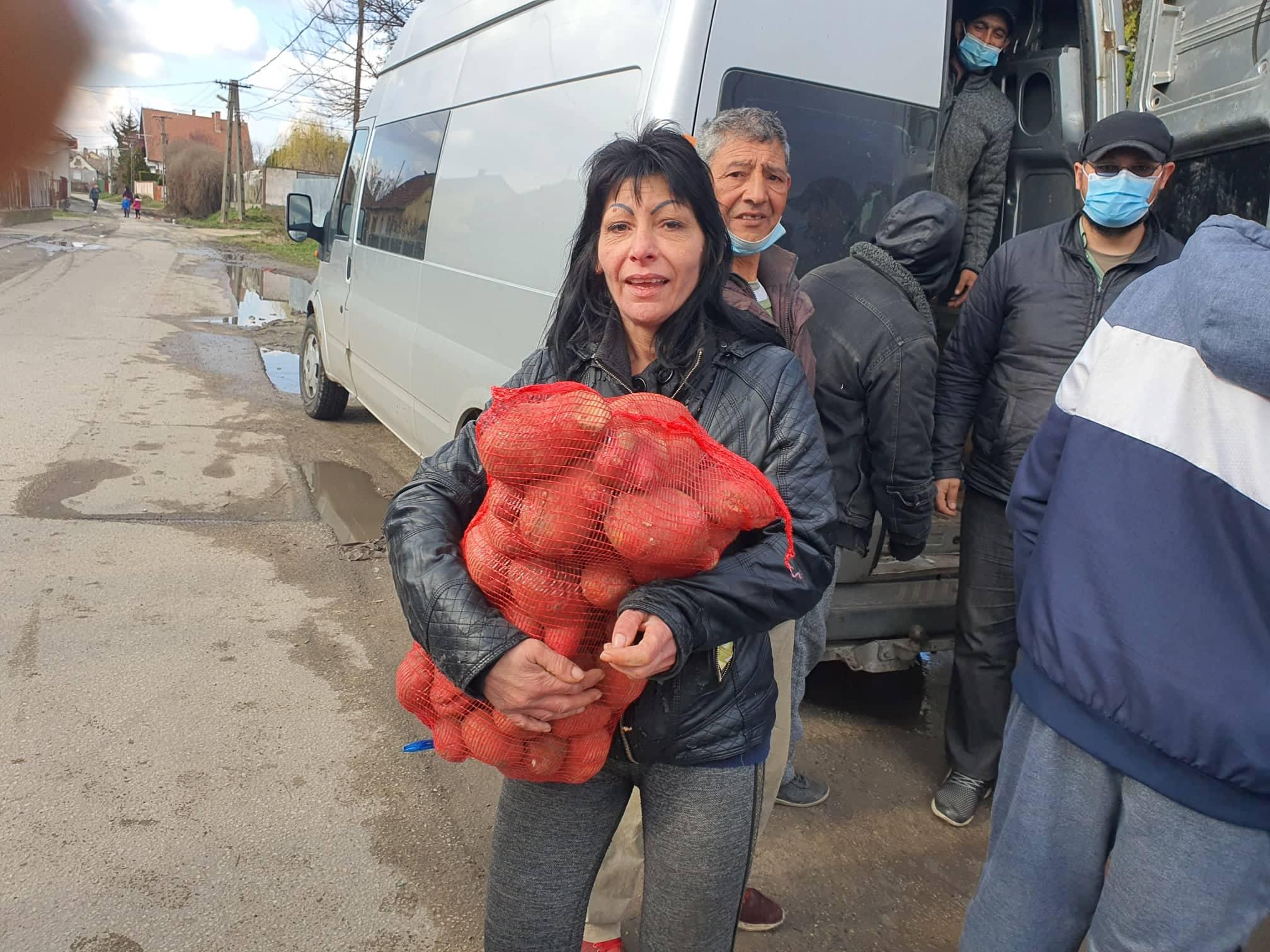 krumpliosztas_2021_zakanyszekiszeretetpont_02