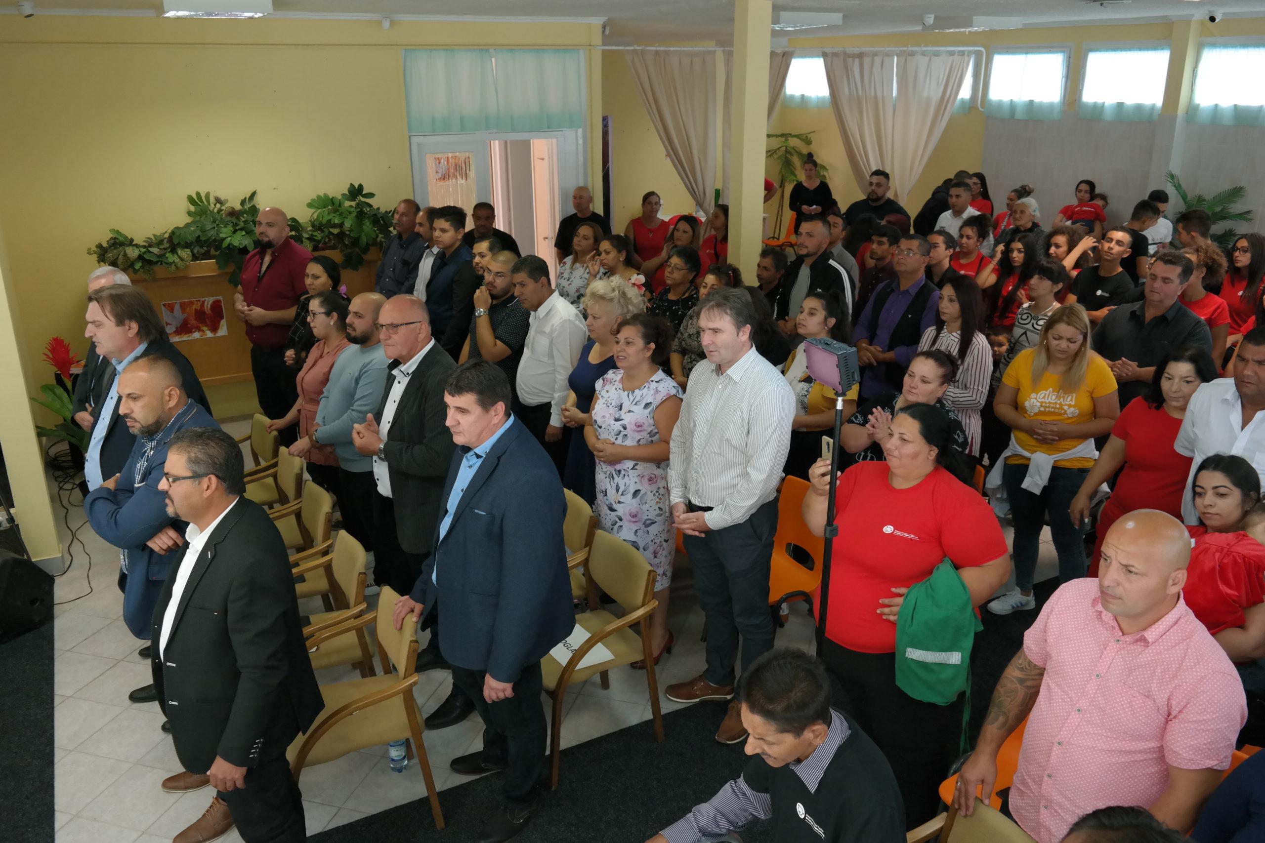 Ünnepélyes megnyitó keretében átadásra került a Reményhír Közösségi Ház 3