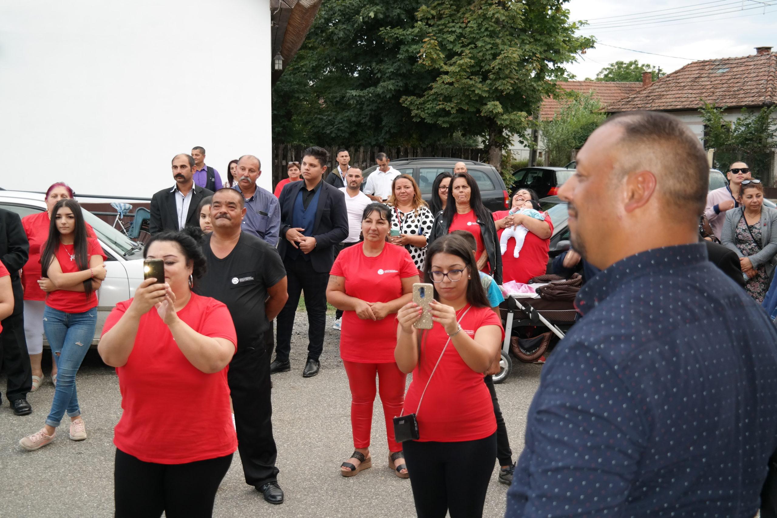 Ünnepélyes megnyitó keretében átadásra került a Reményhír Közösségi Ház 11