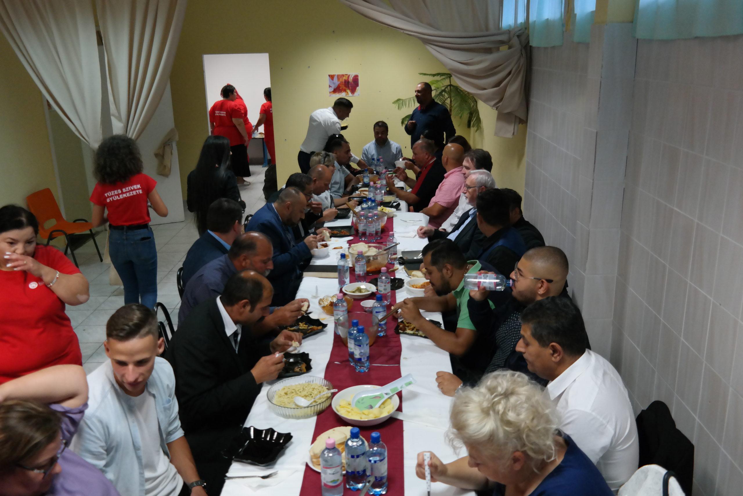 Ünnepélyes megnyitó keretében átadásra került a Reményhír Közösségi Ház 15