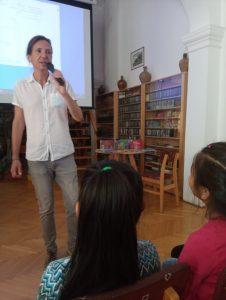 Író-olvasó találkozón a Reményhír diákjai 5