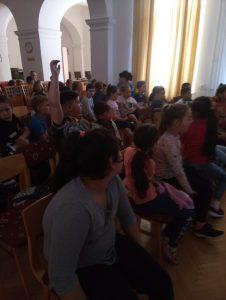 Író-olvasó találkozón a Reményhír diákjai 1
